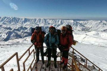 صعود زمستانه باشگاه کوهنوردی شیرازجوان به قله دماوند